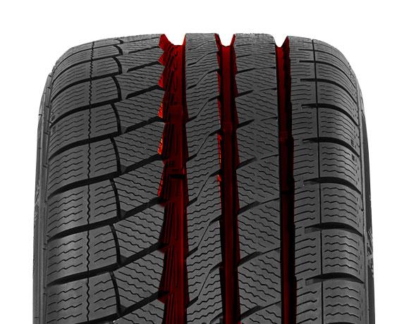 Centre block pattern on Wintoura+ tyre