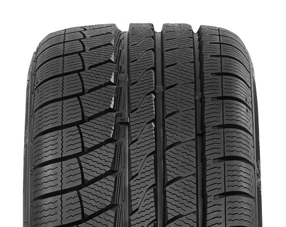 Tyre tread pattern on Wintoura+ tyre
